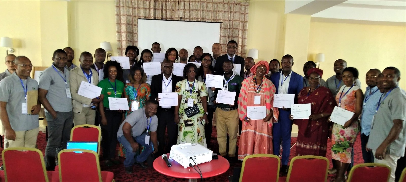 Information for better awareness: the first AO Alliance media seminar in Cameroon