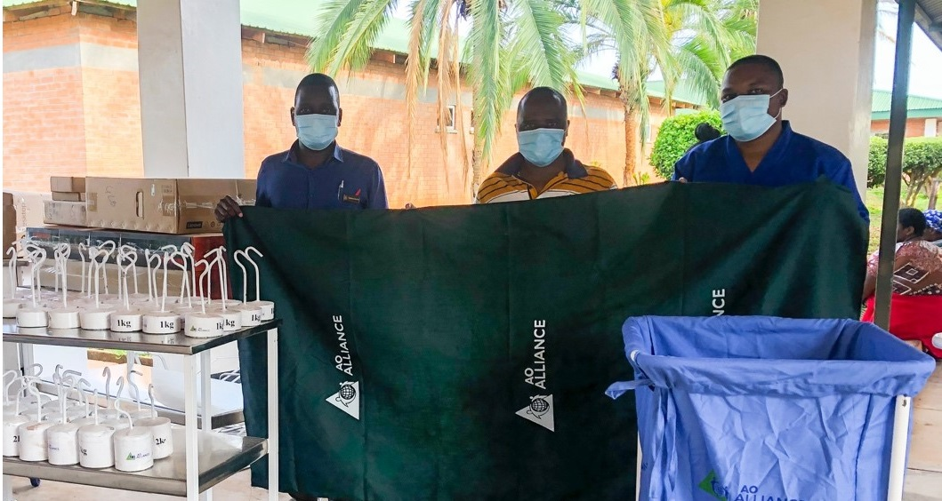 Equipment for trauma and orthopedic care delivered to two hospitals in Malawi